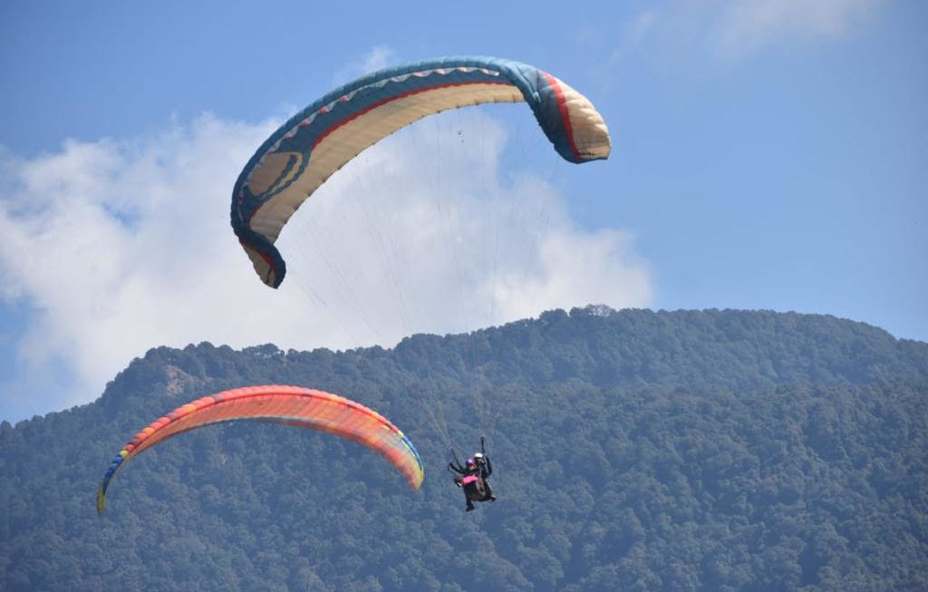 Paragliding in Himachal – A Flying Adventure @ Bir Billing